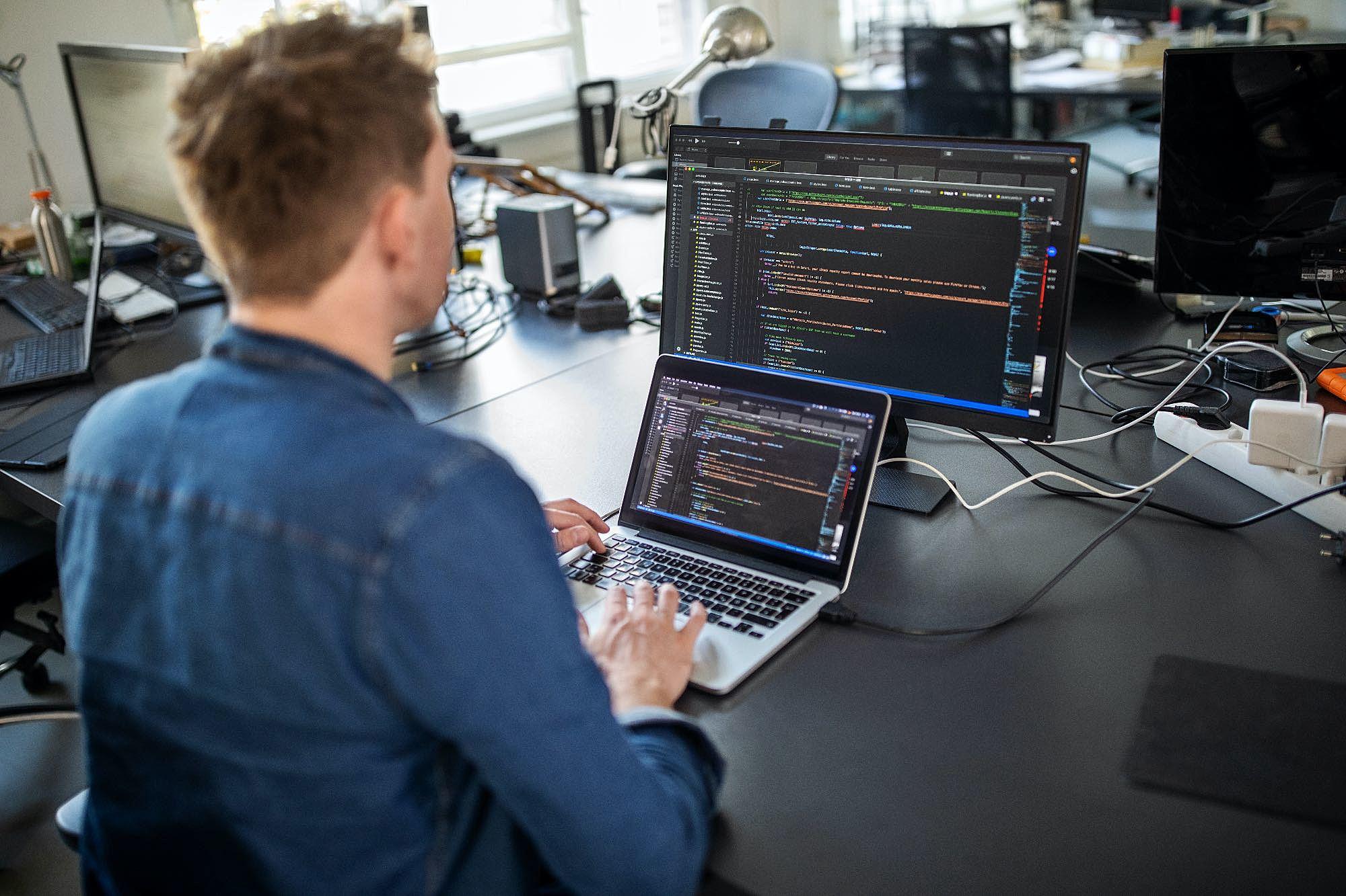 Desenvolvimento de software sob demanda: quais as vantagens?